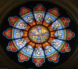 Il santuario di campocavallo - vetrate dettaglio rosone
